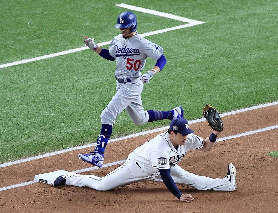 VIDEO: With a split, Ji-Man Choi made one of the most spectacular plays of the World Series   The NY Journal
