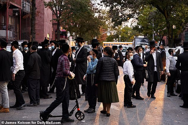 Wedding for rabbi's grandson where 10,000 people were expected is scaled down to 'virtual event'