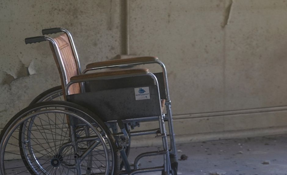 Woman takes a dead old man in a wheelchair to a bank in Brazil to withdraw money from his pension | The NY Journal