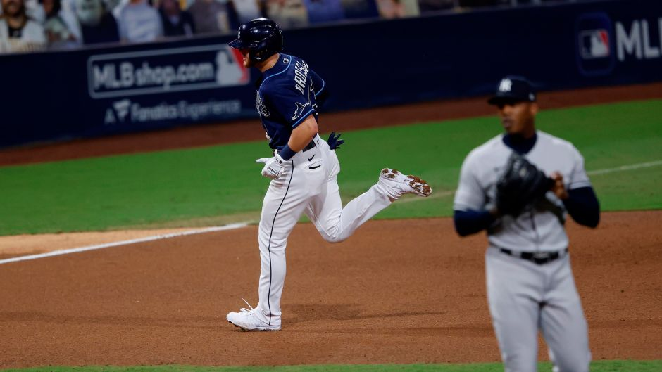 Yankees Fans Tune Cuban Chapman For Loss To Rays