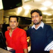 Two boys from Mumbai selling Wada-pav in London, opened five restaurants in 10 years, now annual turnover is 14 crores
