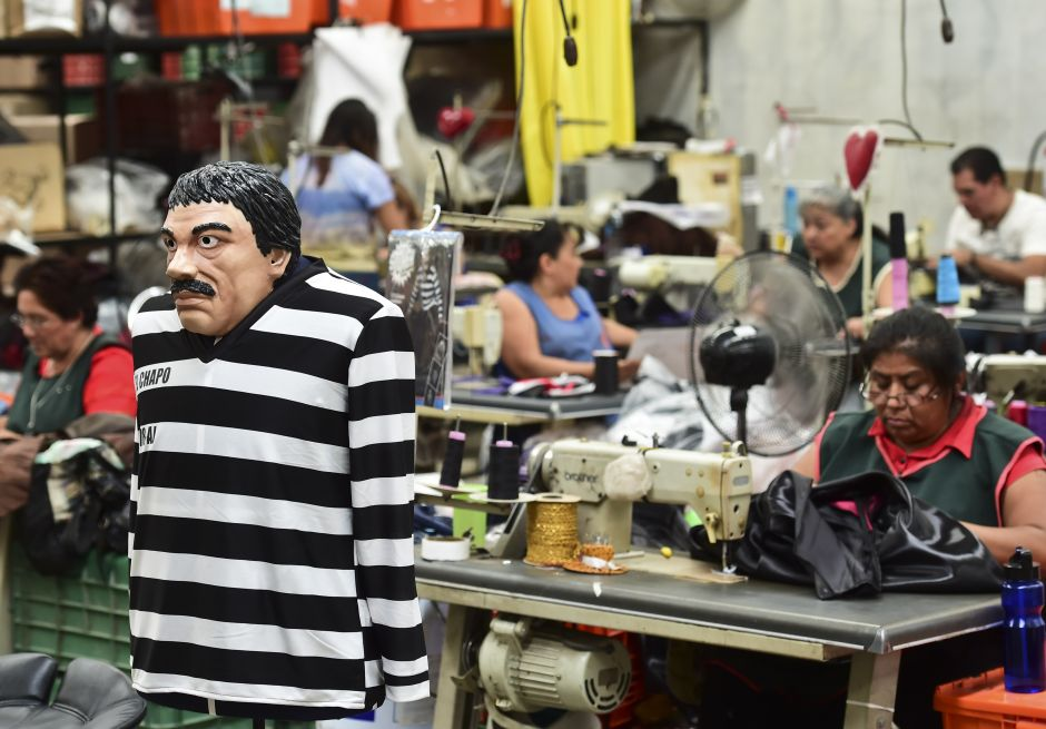 Narcos Day of the Dead costumes; from Pablo Escobar to Chapo Guzmán   The opinion