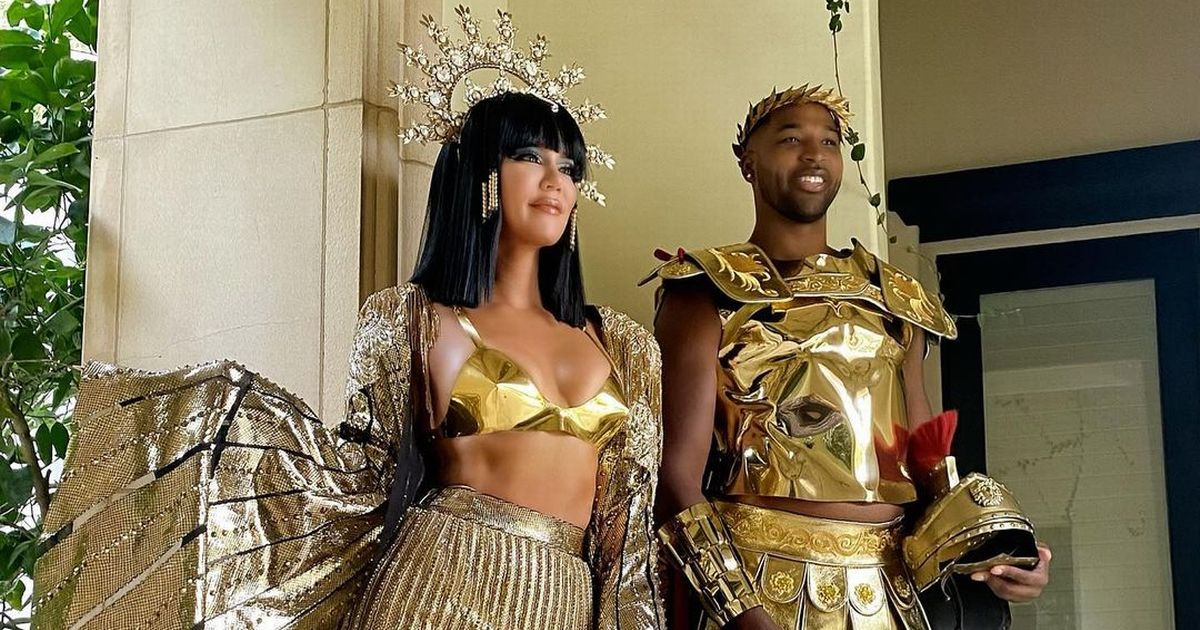 Khloe Kardashian looks unrecognisable as Cleopatra in post-Halloween dress-up