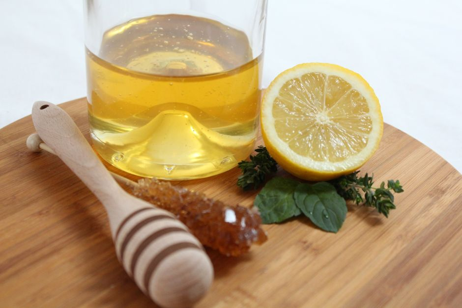 Morning Remedies: What Happens in the Body When Consuming Lemon Juice with Honey   The NY Journal