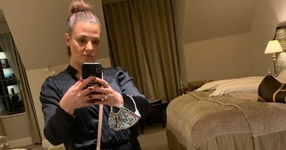 Lisa Armstrong performs last lot of make-up duties before latest lockdown