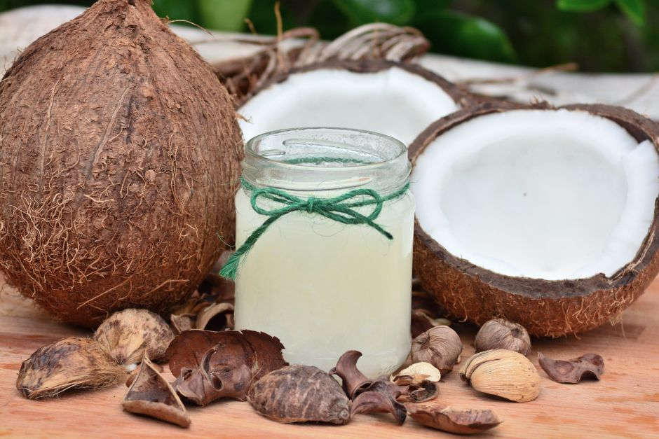 Can Coconut Oil Benefit Weight Loss? Find out what the experts say | The NY Journal
