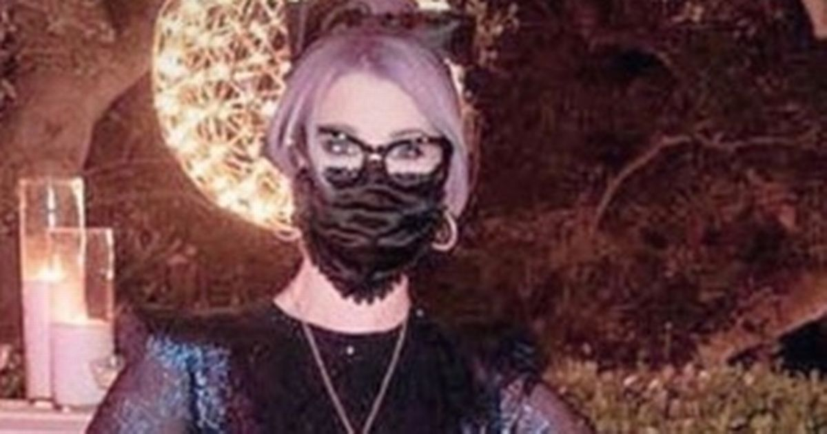 Kelly Osbourne slips into slinky ballgown as she shows off six stone weight loss