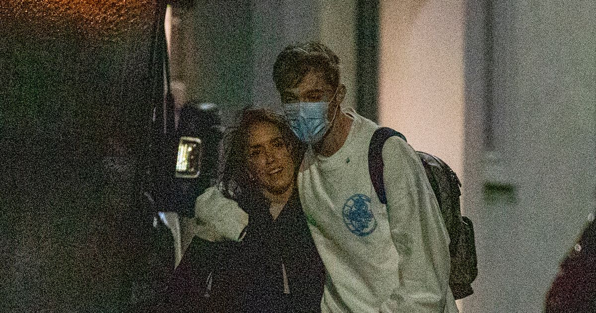 Strictly star HRVY cuddles Janette Manrara after fans go wild for chemistry