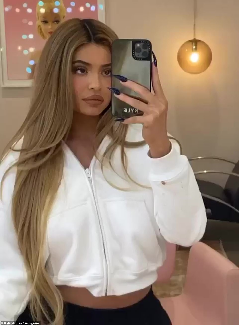 Kylie Jenner, one of the most popular influencers on the planet, is thought to be able to earn as much as $1.2 million (£912,000) for a single post