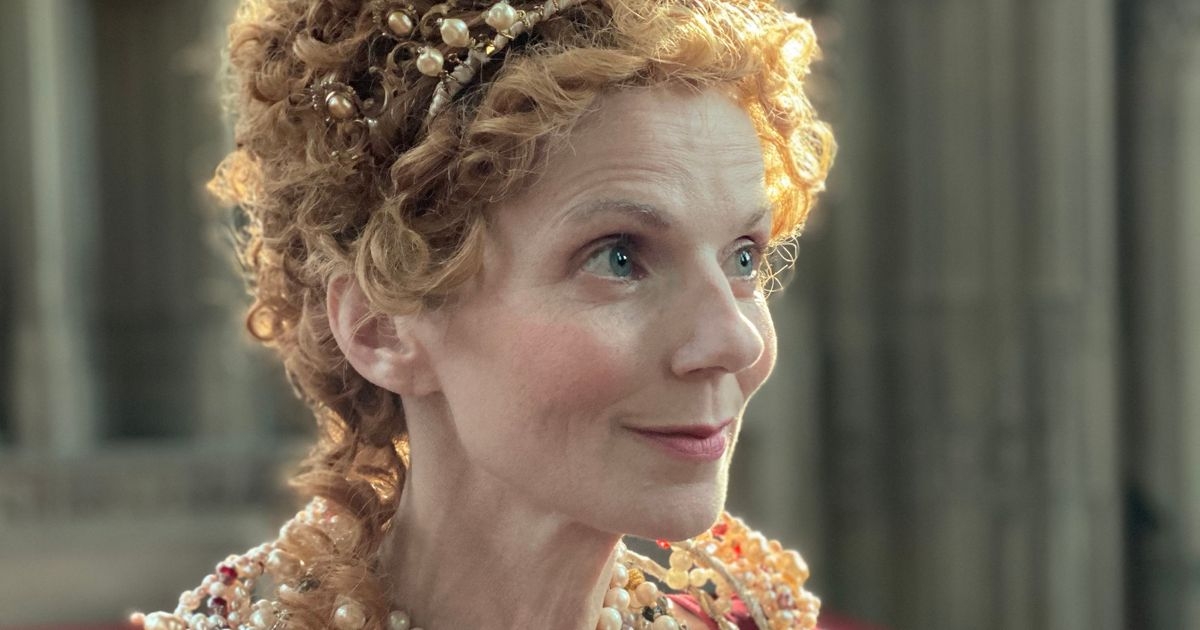Geri Halliwell dresses up as Queen Elizabeth I for new YouTube series