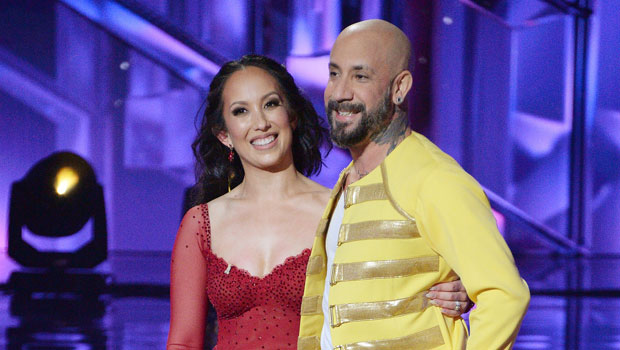 'DWTS' Recap: A Frontrunner Goes Home In Devastating Elimination & 2 Couples Get Perfect Scores