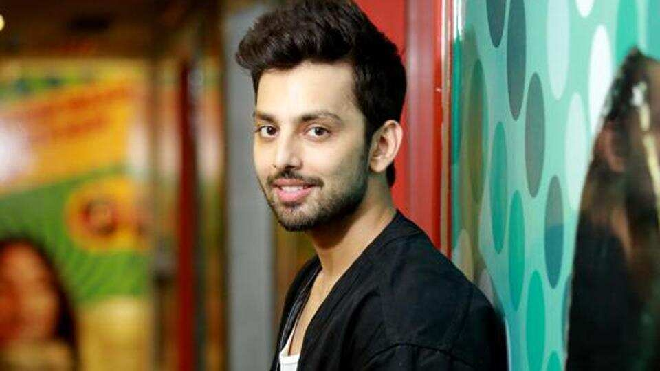 Himansh Kohli calls out fake post of him apologising to Neha Kakkar: I'm the last person to talk about Neha to get attention