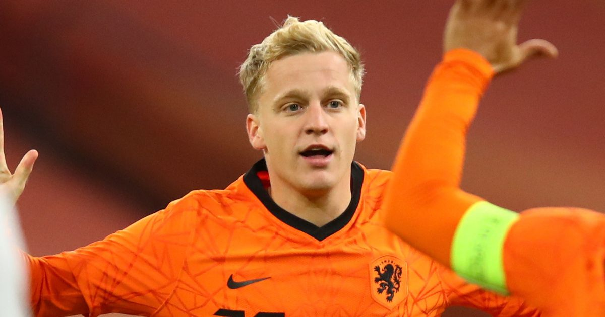 Van de Beek swapping shirts on international duty speaks volumes for Man Utd