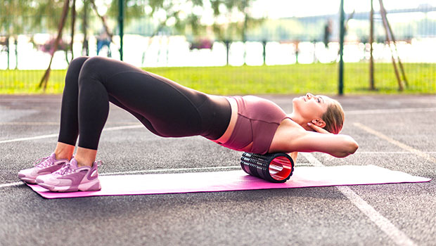 Stretch Out Sore Muscles With This Foam Roller That Has Over 3,000 Reviews & Is On Sale For Just $15