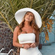 Summer Monteys-Fullam strips naked to recreate iconic Kylie Jenner picture