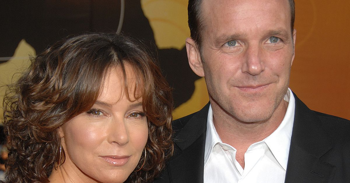 Jennifer Grey retains Dirty Dancing earnings in divorce settlement