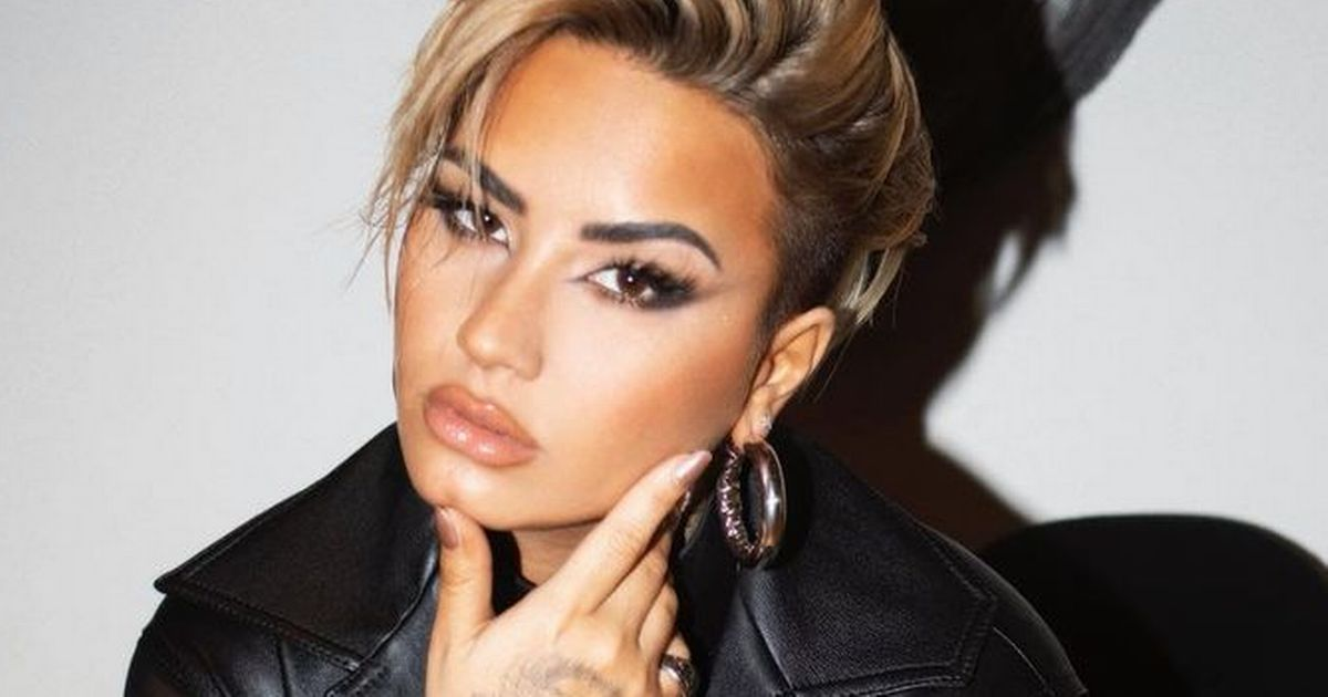 Demi Lovato shaves hair into edgy mohawk after calling off engagement