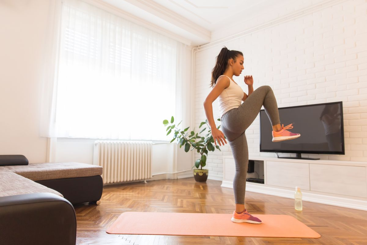 7 exercises to do cardio at home and burn a lot of calories | The State