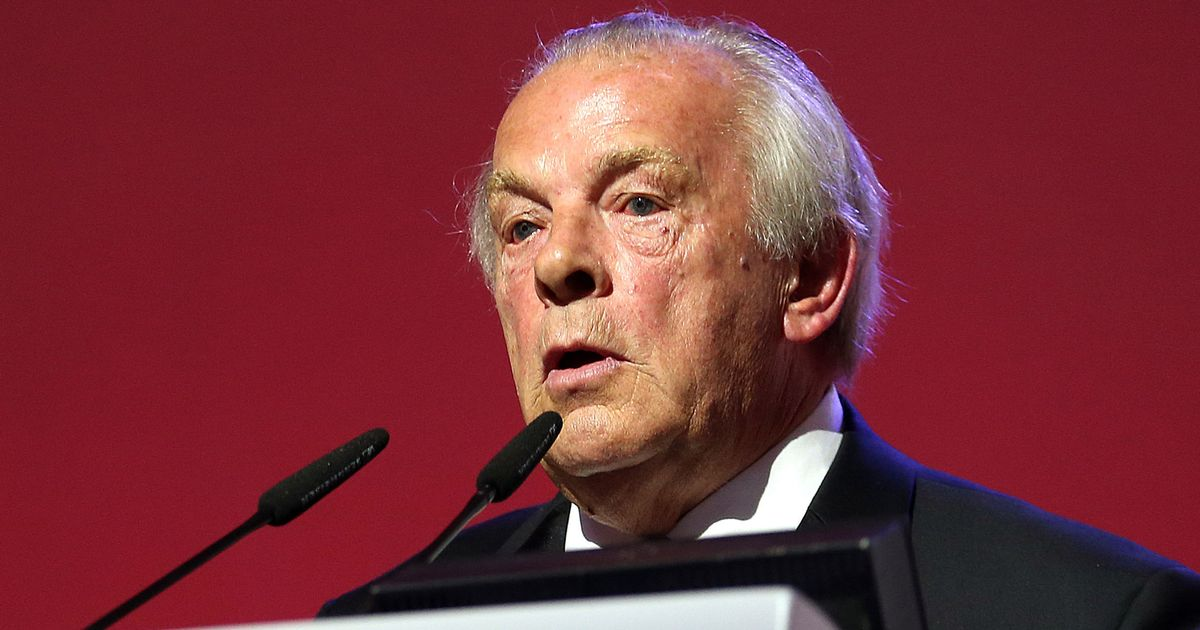 PFA chief executive Taylor to stand down at end of season after 40 years in role
