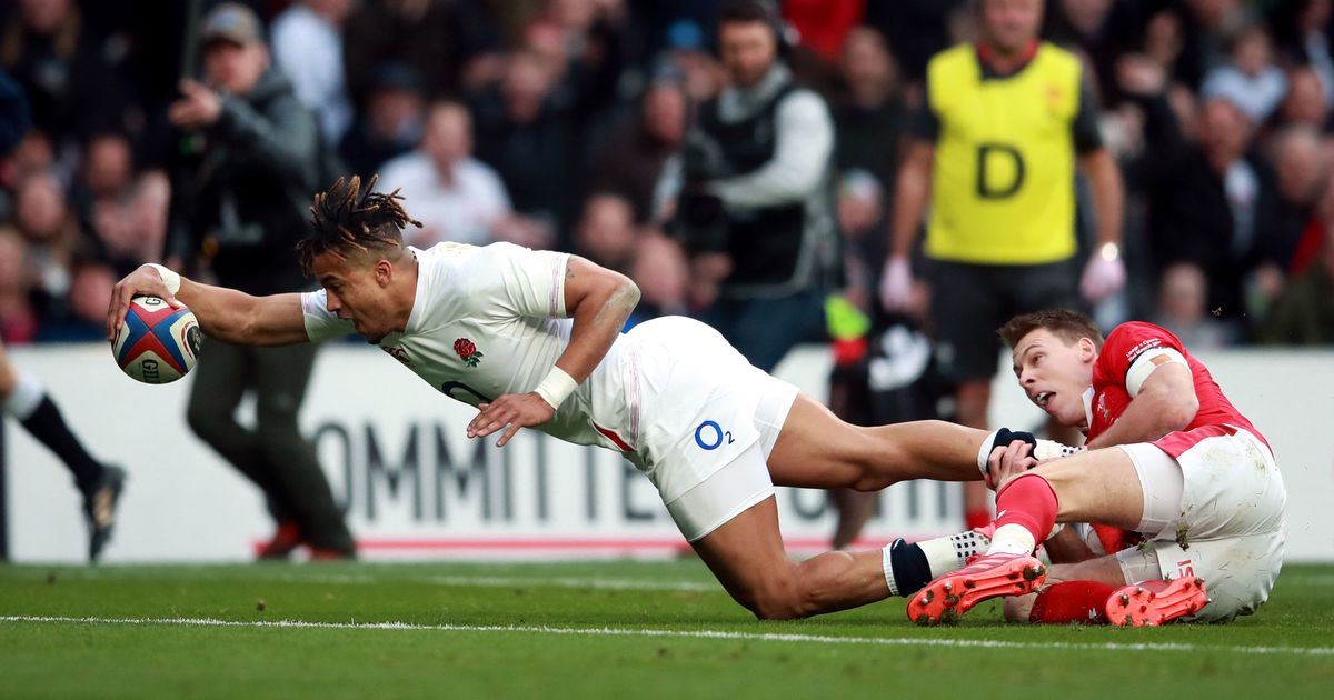 Wales vs England kick-off time, TV and free live stream details