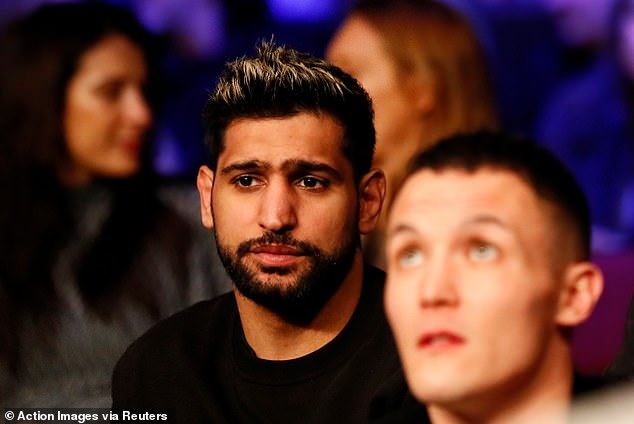 Amir Khan has shared his opinion on who is going to win, claiming it will be Roy Jones Jr