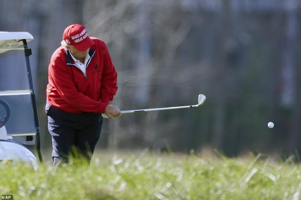 The president took a break from his Thanksgiving retreat to Camp David to play a round of golf