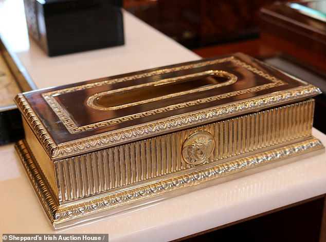 Also included in the sale was this Versace tissue dispenser which fetched £377