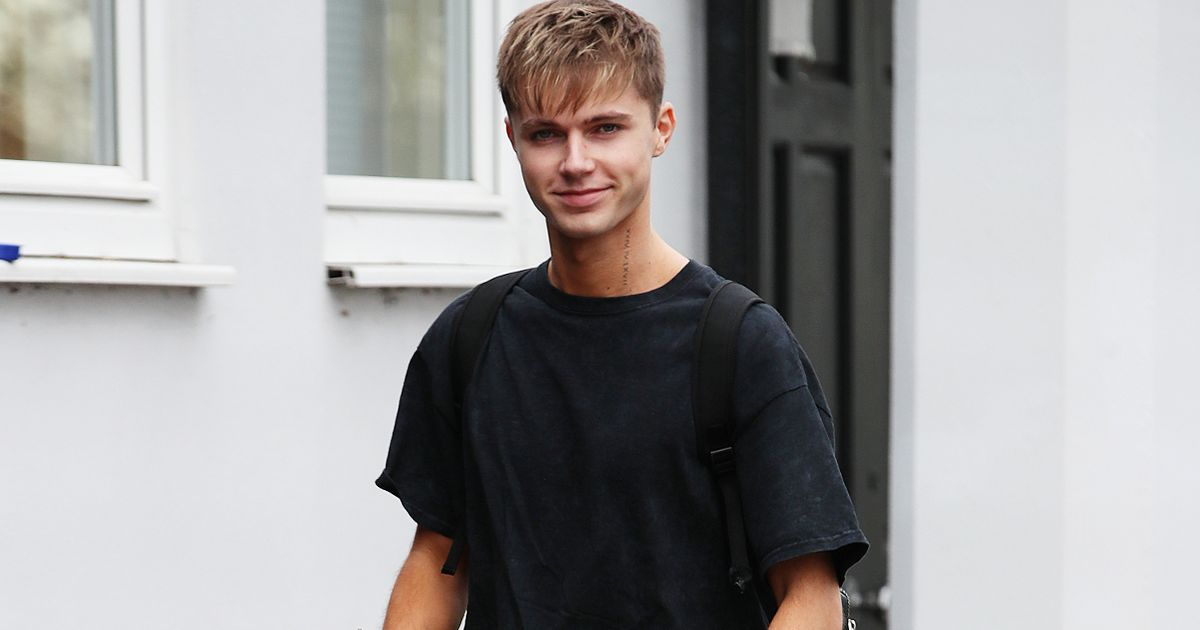 Strictly's HRVY is building his own house and designed it using Minecraft