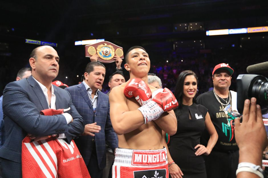 """After victory against Johnson, the """"Munguía Team"""" asks for a fight with """"Canelo"""" Álvarez or Gennady Golovkin   The NY Journal"""