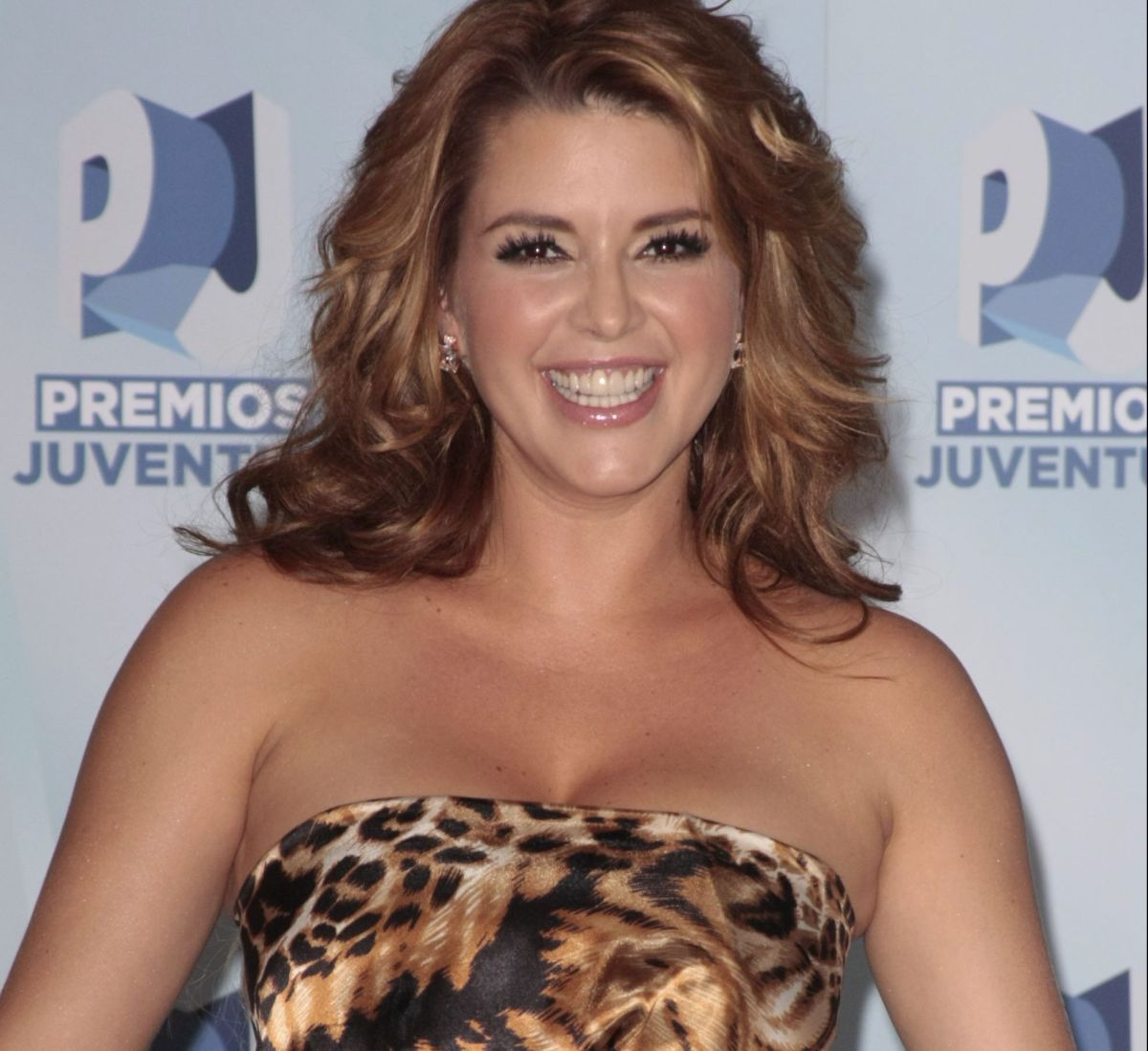"""Alicia Machado put her """"Boobies"""" in the foreground and her followers went crazy 
