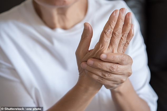 Arthritis drug 'cuts elderly Covid-19 deaths by two-thirds', say researchers