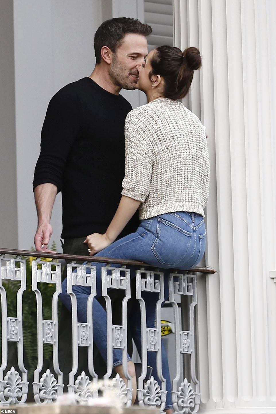 Ben Affleck and Ana de Armas put on a VERY amorous display as they reunite on set