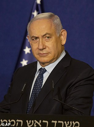 Benjamin Netanyahu 'flew to secret meeting with Saudi crown prince'