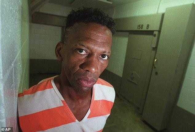Disgraced Hawks guard 'Fast Eddie' Johnson dies in prison at 65