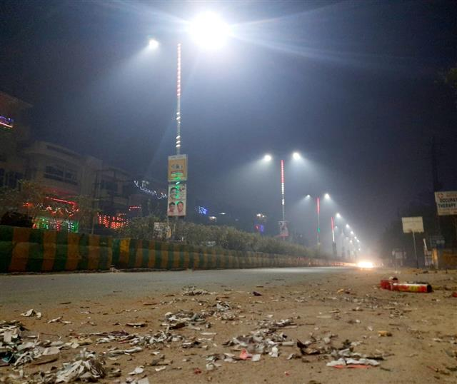 Diwali: Delhi's air quality turns 'severe'; firecrackers add to misery