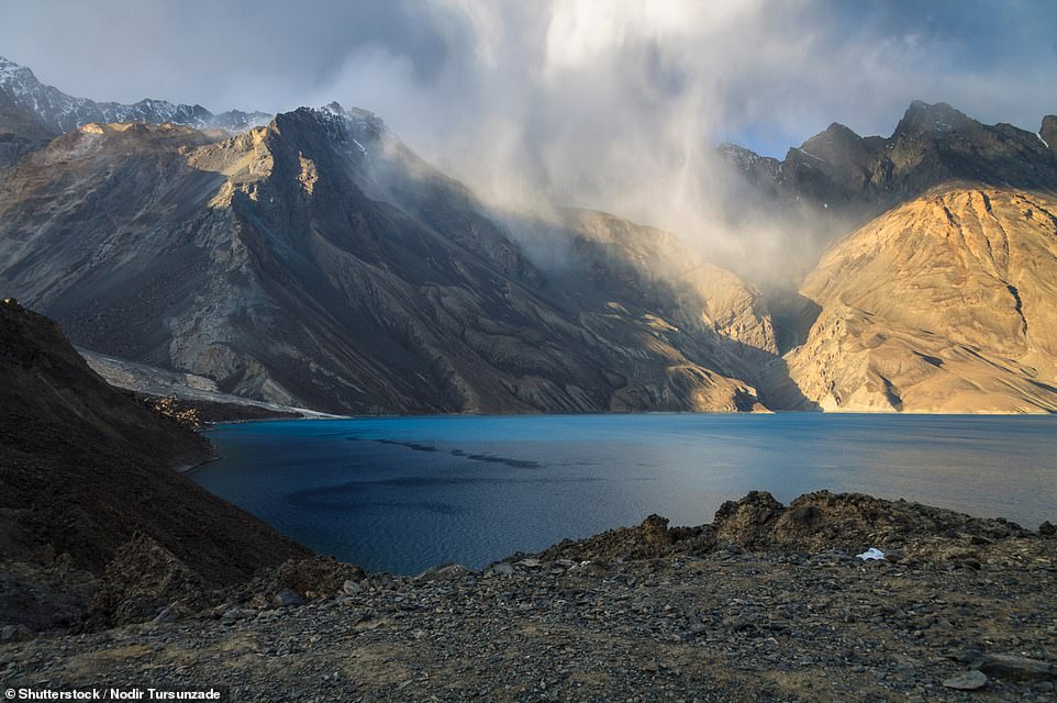 How a breach of the Usoi Dam on Lake Sarez in Tajikistan could cause the worst natural disaster ever