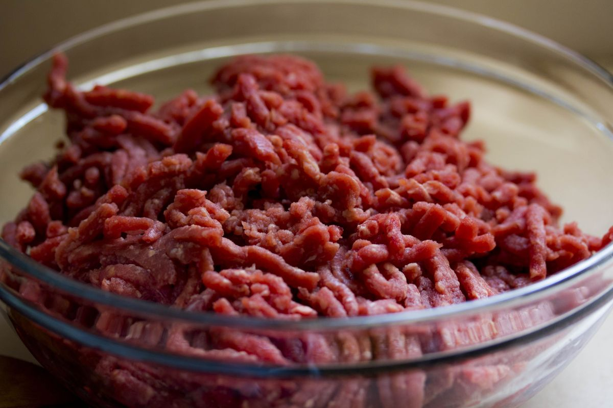 How do you know if your ground beef has gone bad?   The State
