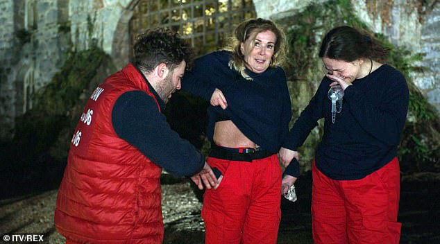 I'm A Celebrity's Beverly Callard SCREAMS in terror during first trial