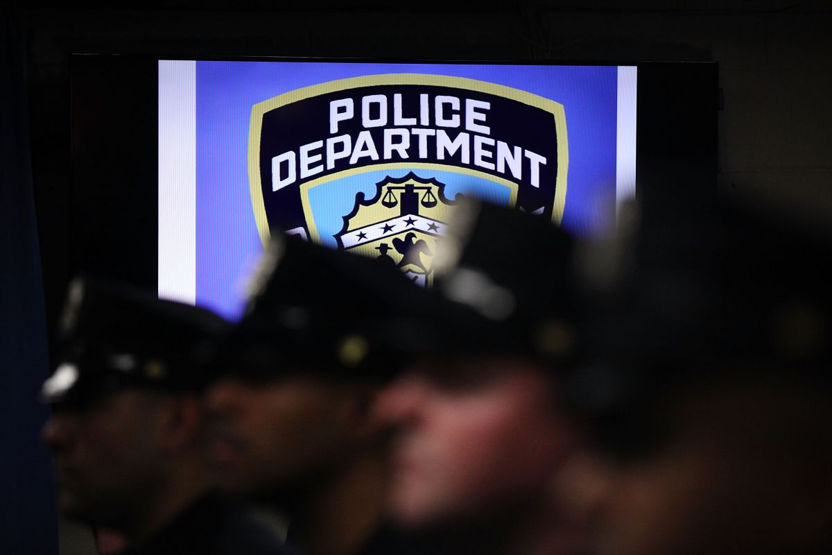 Latino cop arrested for beating up his ex-wife in New York | The State