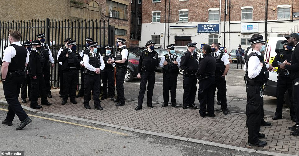 London gym owner refusing to shut during lockdown clashes with police officer on his premises