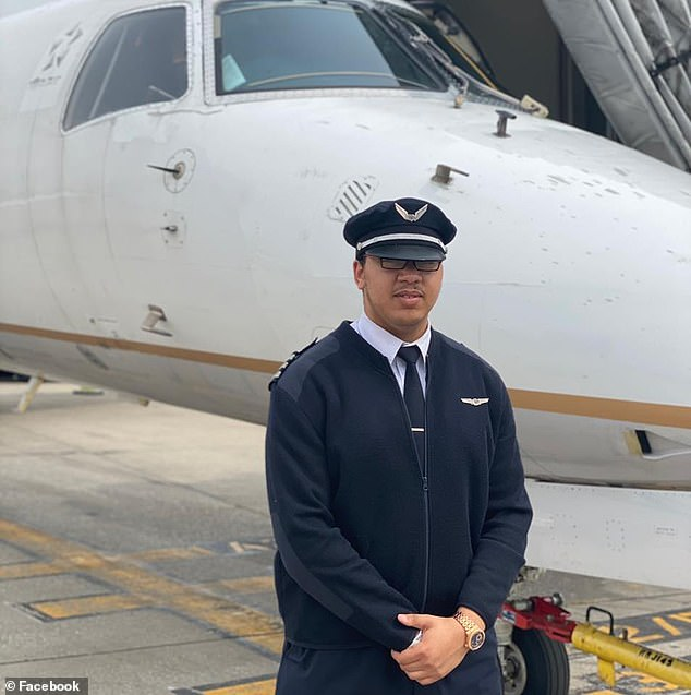 Man, 23, becomes youngest black certified Boeing 777 pilot in the world