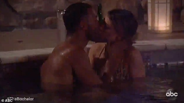 Matt James gets hot and heavy with his gorgeous contestants in the hottub in Bachelor sneak peek
