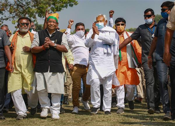 Nitish creates flutter with 'last election' remark at poll rally