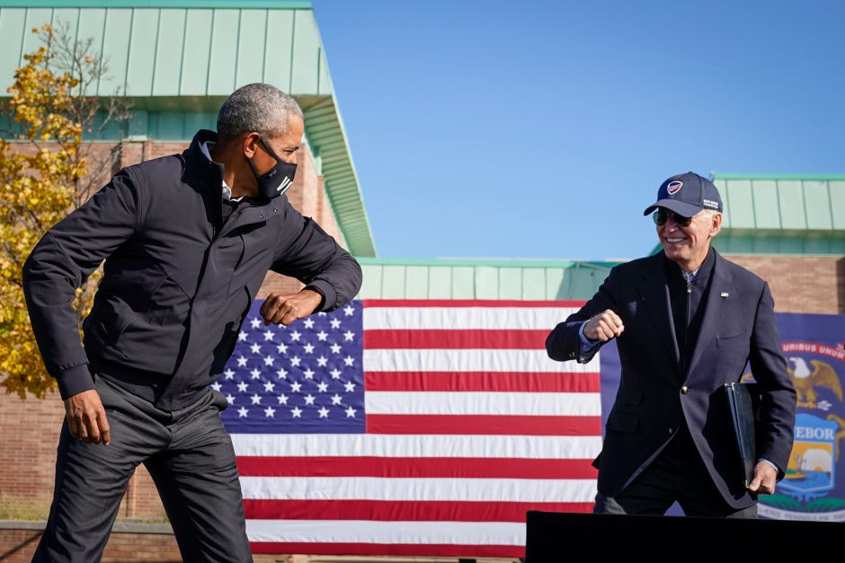 Obama scores triple while playing basketball at Michigan. Good omen for the elections? | The NY Journal