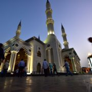 Over 766 mosques in Dubai to reopen to Friday prayers starting this weekend