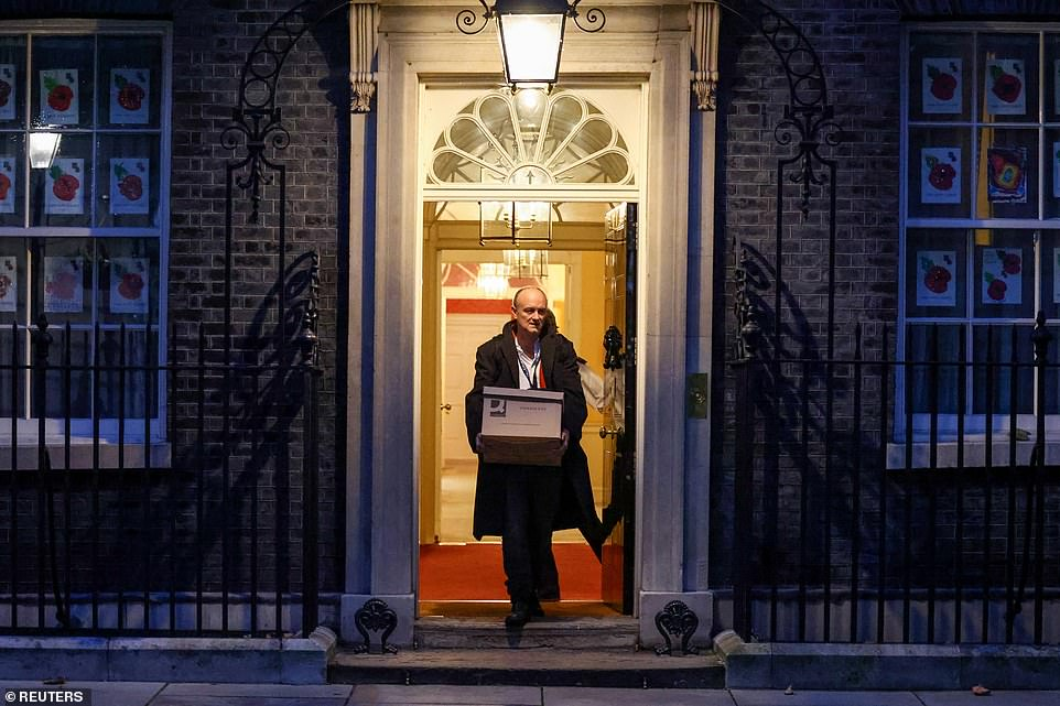 PM's adviser Dominic Cummings carries belongings out of No10 after leaving 'with immediate effect'