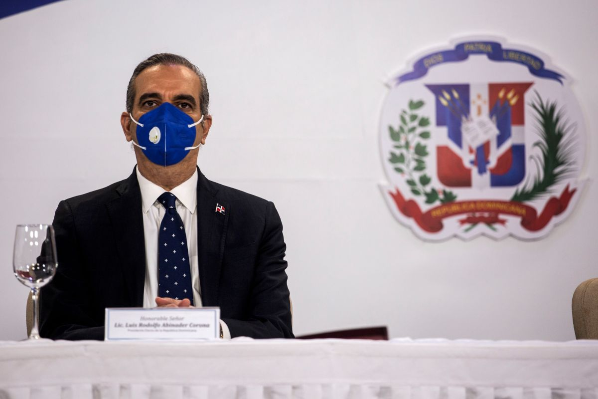 President Luis Abinader shares his vision of change for the Dominican Republic | The State