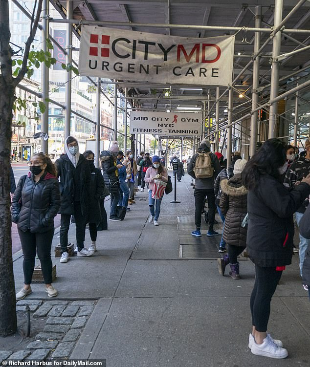 Rich New Yorkers spend $80 an hour to hire people to wait in line for them in COVID-19 test queues