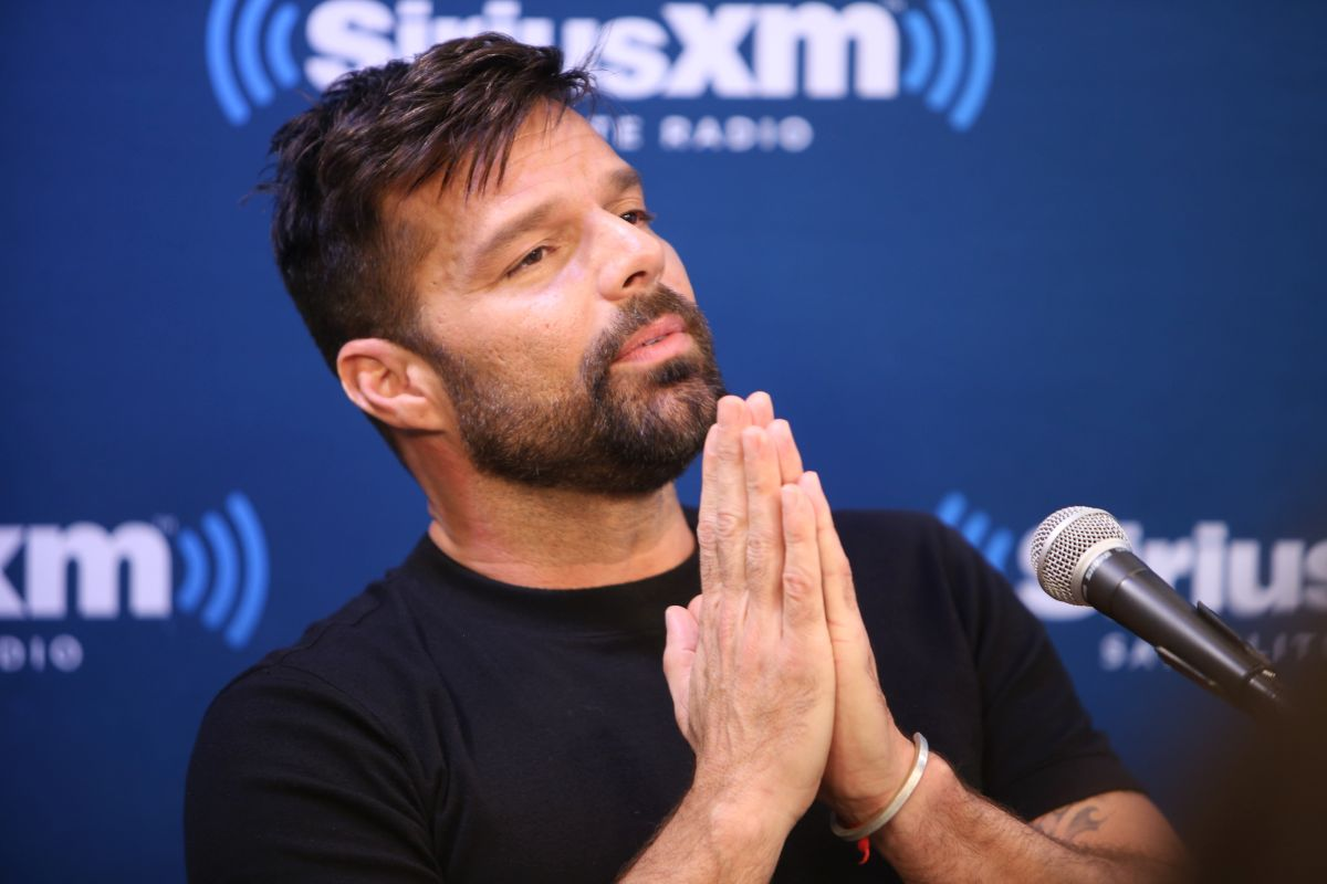 Ricky Martin shows his pants and half-naked heart attack before the 2020 Latin Grammy | The State