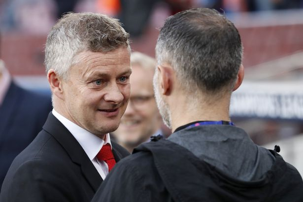 Ole Gunnar Solskjaer has received advice from both Ryan Giggs and Gary Neville this week